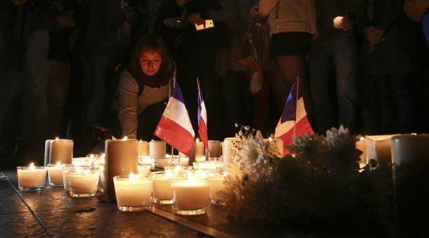 يقدم حزب التجمع خالص عزاءه لأسر الضحايا وللشعب الفرنسى